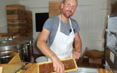 Gael Volland, la passion des abeilles